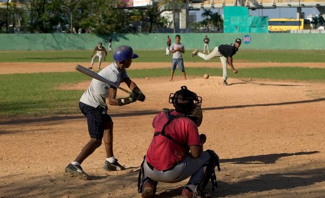 Resultado de imagen para beisbol jovenes prospectos